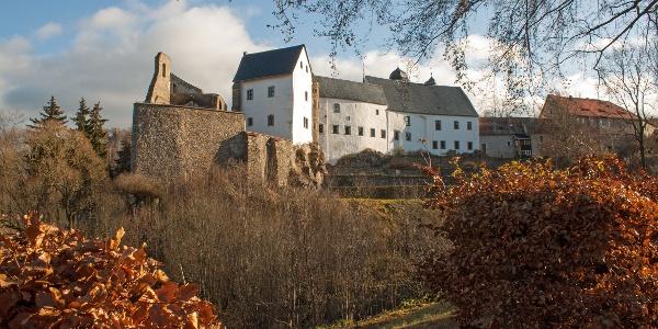 Lauenstein Administrative Centre - Castle ruin and castle Lauenstein