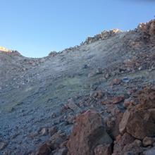 Gelbe Schwefelquellen im Krater