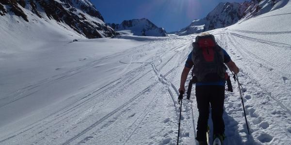 Der lange und flache Anstieg durch das Gaisbergtal in Richtung Süden