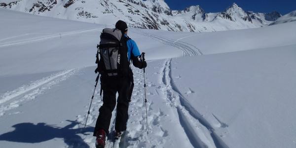 Es sind hinauf zur Schönwieshütte 2266m noch einmal gut 80 Höhenmeter zu überwinden.