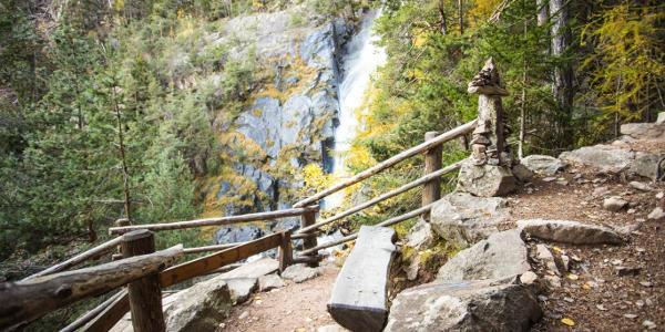 Weg zum Barbianer Wasserfall