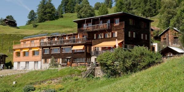 Berghotel Sterna im Sommer