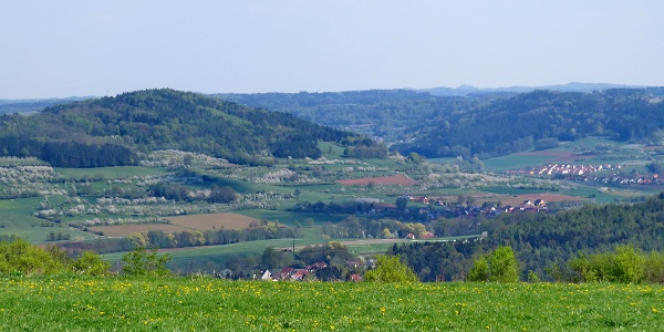 Blick nach Nordost in die Fränkische Landschaft