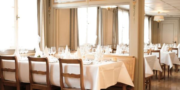 Restaurant im Wasserschloss Hagenwil