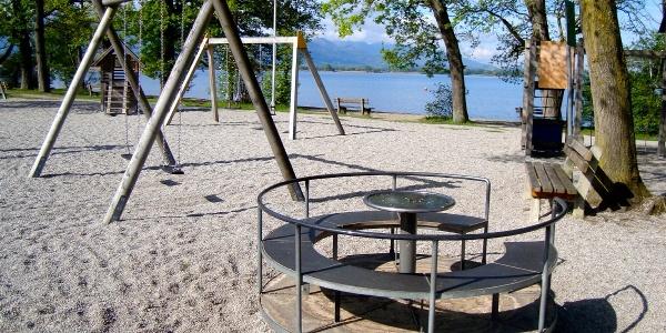 Spielplatz am Strandbad in Übersee