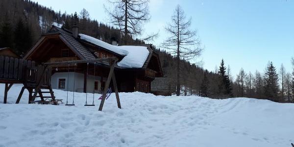 Die Tour führt an der Lärchenhütte vorbei.