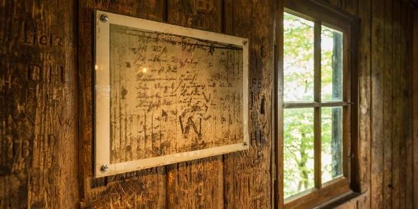 Wandrers Nachtlied an der Wand des Goethehäuschens