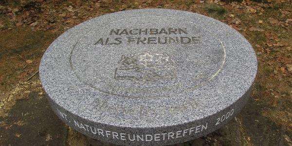 Naturfreunde-Denkmal bei der Zollhütte Holzschlag