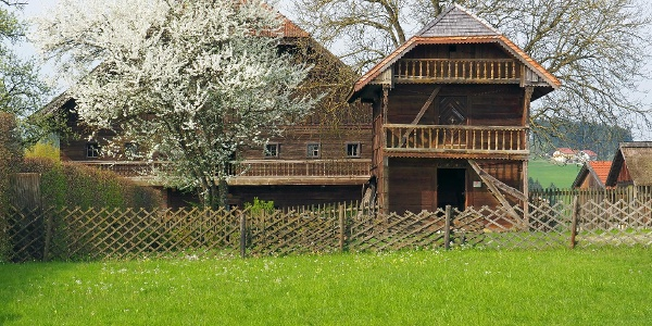 """Der """"Troadkasten"""" und Handwerkerhaus im Stehrerhof"""