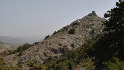 Gipfel des Adelfoi mit Feuerwehrhütte