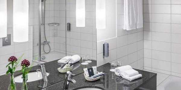 WELCOME HOTEL Paderborn - Badezimmer