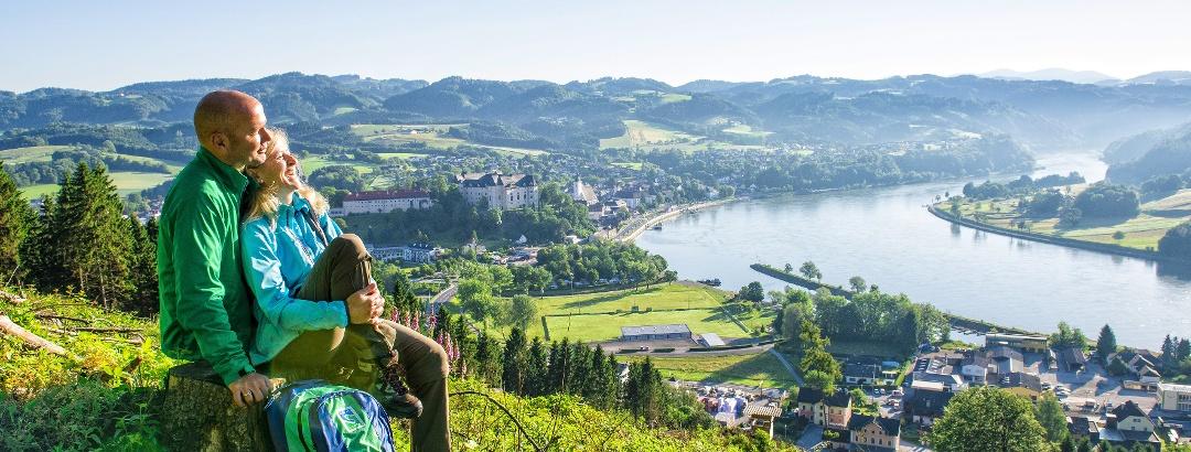Donausteig - Blick auf Grein