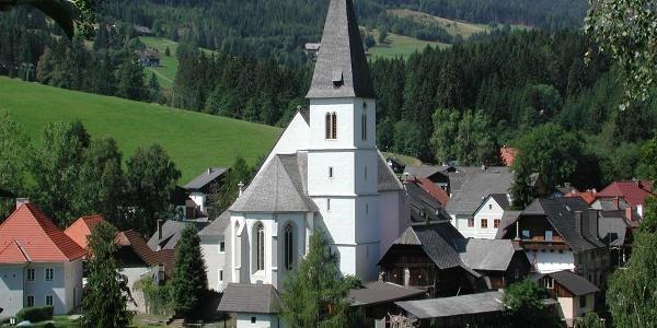 Pfarrkirche zur Heiligen Maria in Hirschegg