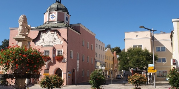 Altes Rathaus im Stadtzentrum in Pfarrkirchen
