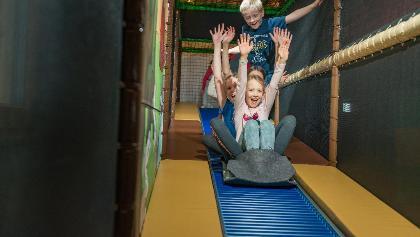 Kinder im Spielpark Damüls