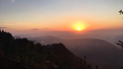 Sonnenuntergang am Staufener Haus
