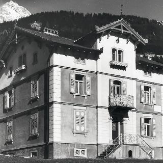 Haus Peterelli um 1900 – Das Wohnhaus der Segantinis in Savognin