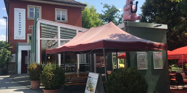Schweinfurt - Disharmonie Restaurant direkt am Wasser und Radweg