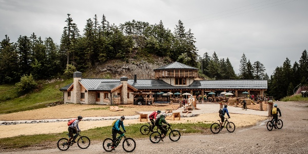 Bikers al rifugio Meriz