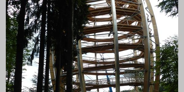 Turm des neuen Baumwipfelpfades