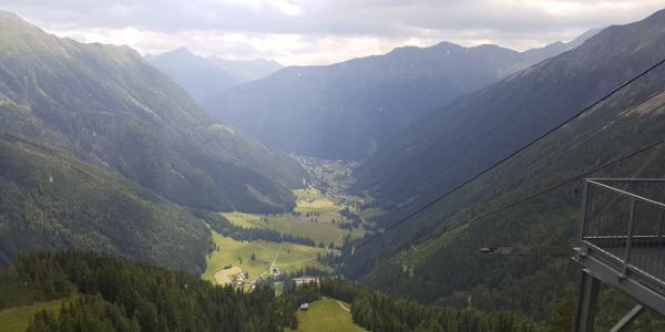 Blick von der Ankogelbahn nach Mallnitz