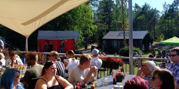 Sattmark Kaffe and Safka - popular free summer concerts