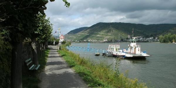 Fähre in Niederheimbach