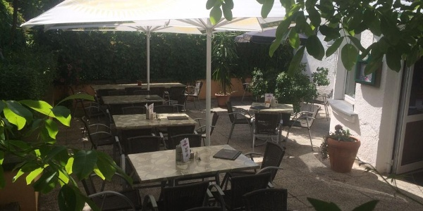 Biergarten im Café Syrau