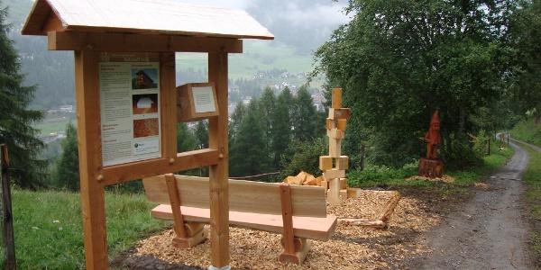 Bergüner Holzweg
