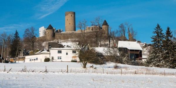 Die Nürburg im Winter