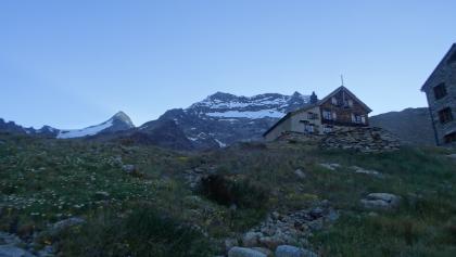 Lagginhorn mit Weissmieshütte