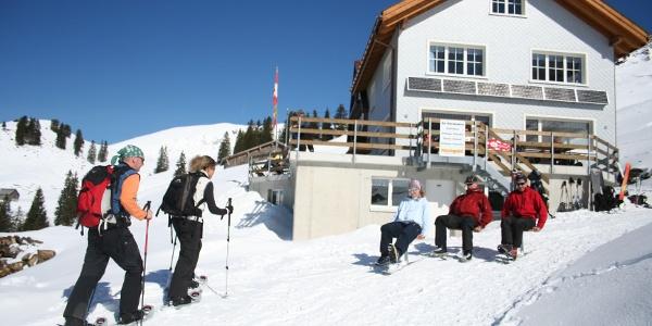 Druesberghütte mit Wander- und Schlittelweg