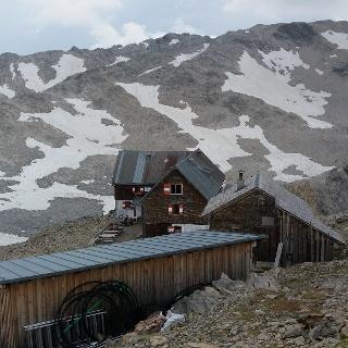 Panüelerkopf im Aufstieg vom Wildberg.