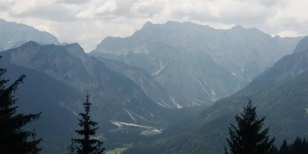 Blick zurück auf die Julischen Alpen