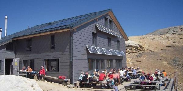 Lötschenpasshütte