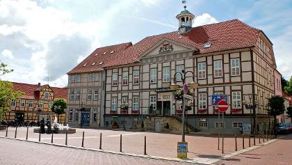 Der Marktplatz in Lüchow mit dem Ratskeller