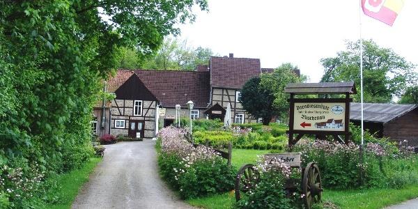 Einfahrt Paradiesmühle