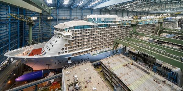 Baudock der Meyer Werft