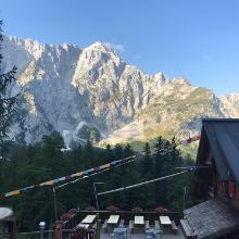 Refugio Zacchi mit Blick auf den Mangart