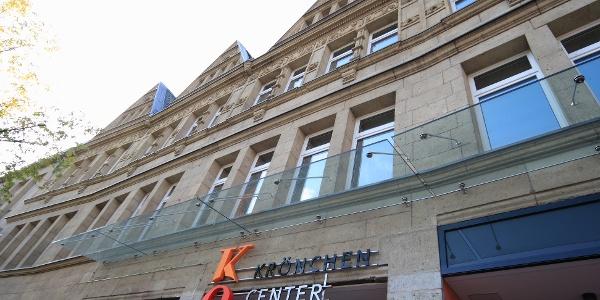 Das ehemalige Kauhaus ist heute ein Kulturzentrum mit mehreren städtischen Einrichtungern