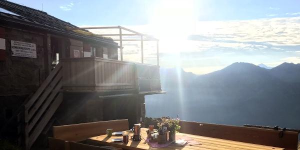 Frühstück auf der Schwarzenberghütte