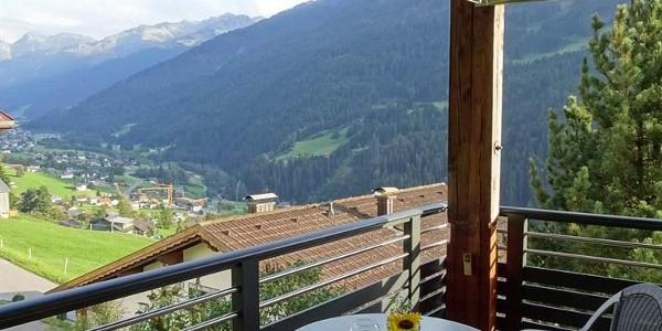 Balkon mit Blick aufs Innermontafon