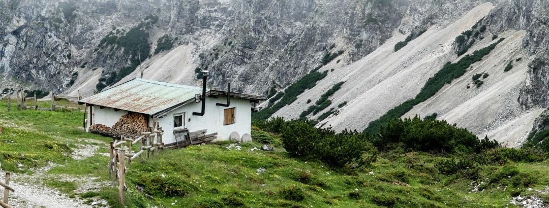 Kleine Hütte neben der Pfeishütte