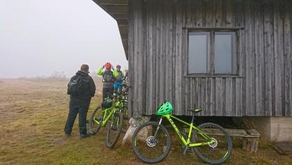 Le vélo n'est autorisé que sur les sentiers balisés.