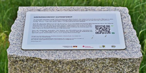 Gedenkstele am Bhf. Gutenfürst