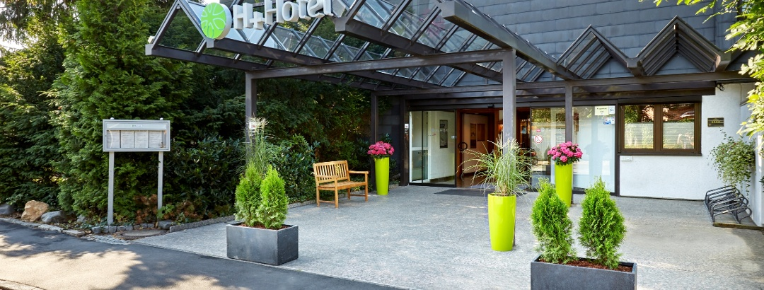 H+ Hotel Goslar Eingangsbereich