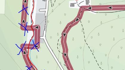 Rot ist der korrekte Weg, blau die GPX-Datei durchgestrichen