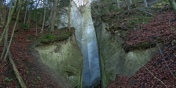 Steinbruch auf dem Sandsteinpfad.