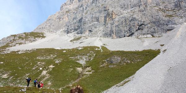 Auf dem Weg zum Klettersteig Sulzfluh.
