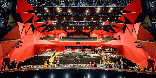 Orchestergraben & Saal der Staatsoperette Dresden